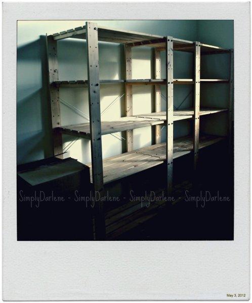 empty-bookcs-850x1024